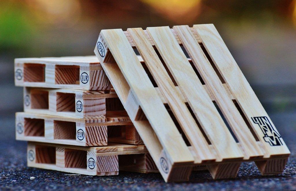 palets de madera para hacer casa de perro